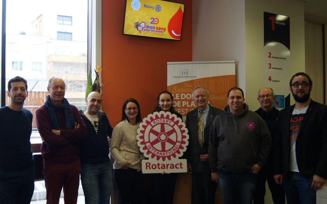 Le Rotaract et le Rotary, ensemble pour donner son sang